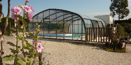 Ferme de La Vieuville Covered and heated swimming-pool open from april till october