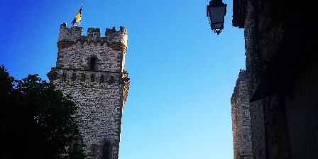 La Maison au Soleil La vue sur le château