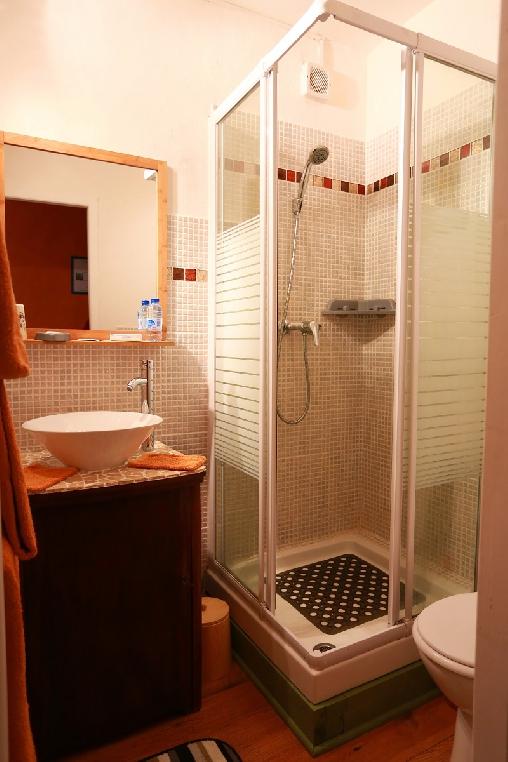 Chambre d'hote Hautes-Pyrénées - salle d'eau chambre Passion