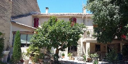 Chambre d'hotes L'Oréliane en Provence > L'Oréliane