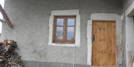 Gîte d'Etape de La Jonchée Porte d'entrée indépendante du gîte