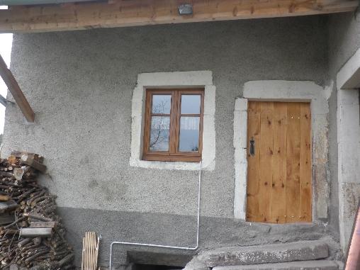 Porte d'entrée indépendante du gîte