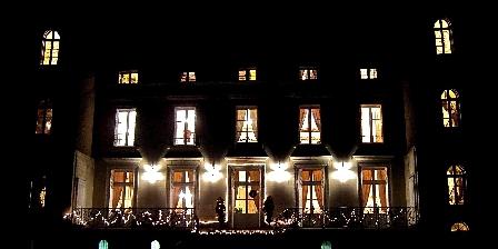 Chateau Les Vallees Château la nuit
