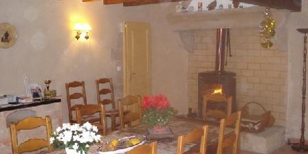 Chambres Hotes du Cognet Chambres Hotes du Cognet, Chambres d`Hôtes Montelier Fauconnieres (26)