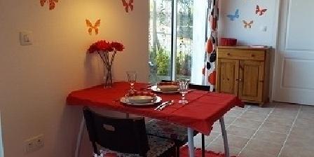 Maison Tulipe Maison Tulipe, Chambres d`Hôtes Chateau Guibert (85)