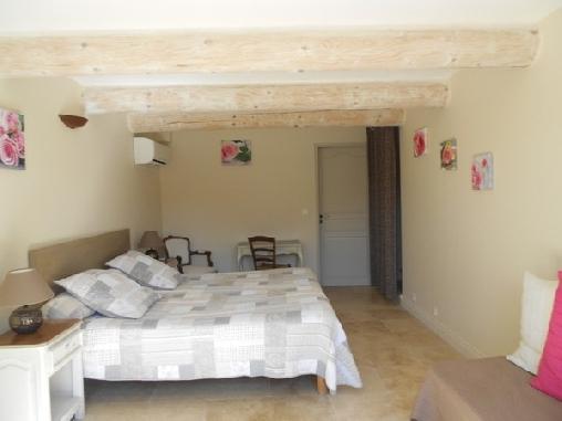 Chambre d'hote Vaucluse - Les Romarins, Chambres d`Hôtes Cairanne (84)
