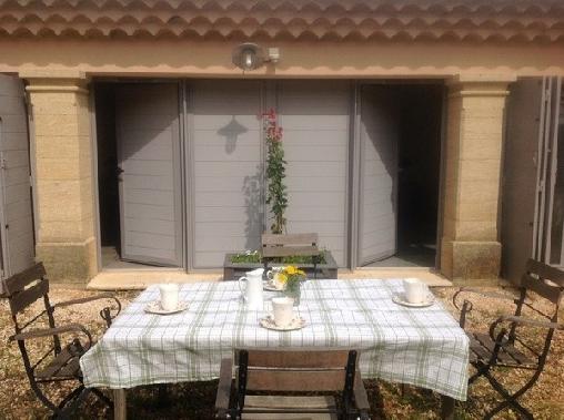 Mas du Bon Dieu, Chambres d`Hôtes St Quentin La Poterie (30)