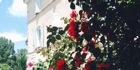 Le Vieux Castel Le Vieux Castel, Chambres d`Hôtes Roumoules (04)