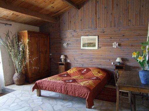 Gîte et Chambres D'Hôtes de Bourg Paillé, Chambres d`Hôtes St Vincent Sur Jard (85)