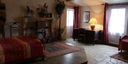Gîte et Chambres D'Hôtes de Bourg Paillé Gîte et Chambres D'Hôtes de Bourg Paillé, Chambres d`Hôtes St Vincent Sur Jard (85)
