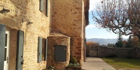 La Grange Bessac La Grange Bessac, Chambres d`Hôtes Violès (84)