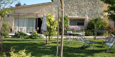 Vignes Près De Saint Emilion Vignes Près De Saint Emilion, Chambres d`Hôtes Monbadon (33)