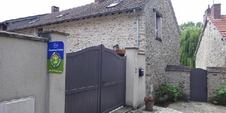 La Maison Du Fargis (3 épis) La Maison Du Fargis (3 épis), Chambres d`Hôtes Auffargis (78)