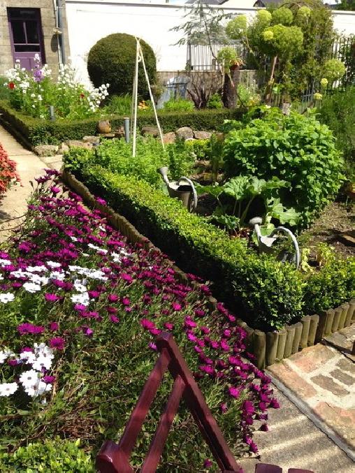 Le Grenier du Jardin, Chambres d`Hôtes Pontorson (50)