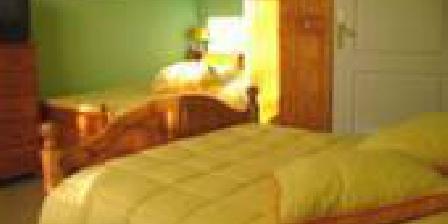 La Ferme de Lèdre La Ferme de Lèdre, Chambres d`Hôtes La Bastide De Sérou (09)