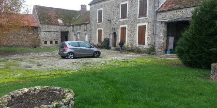 Ferme Jean Grogne Ferme Jean Grogne, Chambres d`Hôtes Fontenay Tresigny (77)