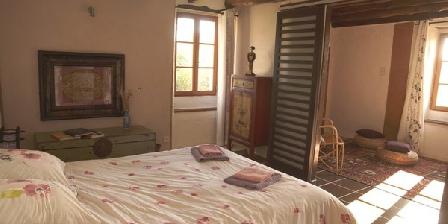 écogîte de l'Esperluette écogîte de l'Esperluette, Chambres d`Hôtes Bussière Badil (24)