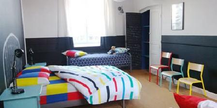 Chambres d'hôtes La Bonne Ecole à Les Landes-Genusson