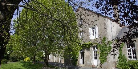 La Bonne Ecole La Bonne Ecole, Chambres d`Hôtes Les Landes-Genusson (85)