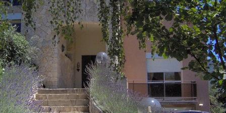 Les Phoenix Les Phoenix, Chambres d`Hôtes Tarascon Sur Ariege/surba (09)