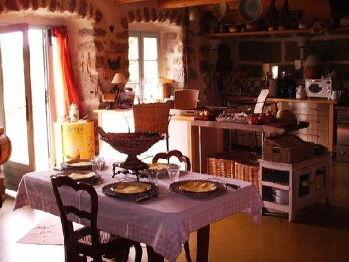 La Boissette, Chambres d`Hôtes Saint Pal De Chalecon (43)