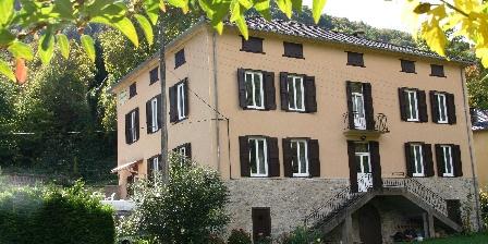 Chambres d'hôtes La Pommeraie Chambres d'hôtes La Pommeraie, Chambres d`Hôtes Capoulet Et Junac (09)