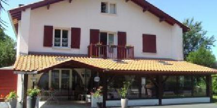 Villa amoraina une chambre d 39 hotes dans les pyr n es - Chambre d hotes saint jean pied de port ...