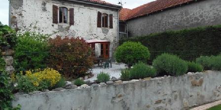 Chambres et Table D'Hôtes La Neste Chambres et Table D'Hôtes La Neste, Chambres d`Hôtes La Barthe De Neste (65)