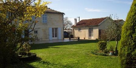 Logis de La Saintongeaise Logis de La Saintongeaise, Chambres d`Hôtes Jonzac (17)