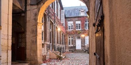 T3 Hotel De Bretagne - 29 Amiral Roussin - Centre Dijon Historique T3 Hotel De Bretagne - 29 Amiral Roussin - Centre Dijon Historique, Gîtes Dijon (21)