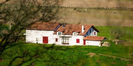 Maison Etchebehere Maison Etchebehere, Chambres d`Hôtes Bardos (64)
