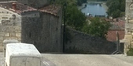 L'envolée L'envolée, Chambres d`Hôtes Tonnay-Charente (17)