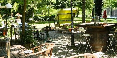 Location de vacances Le Coustaty > Le Coustaty, Chambres d`Hôtes Saint Vincent De Cosse (24)