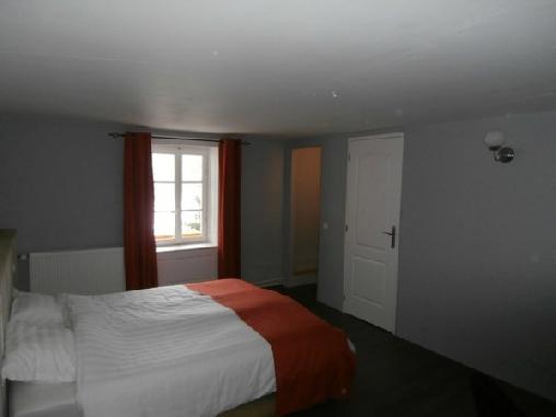 La Tulipe Orange, Chambres d`Hôtes Granges Sur Vologne (88)
