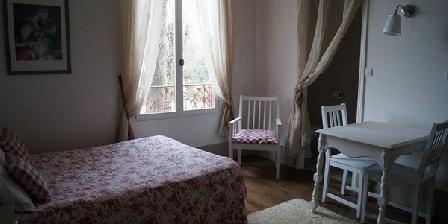 Les Clématites Les Clématites, Chambres d`Hôtes Saint Denis Les Rebais (77)