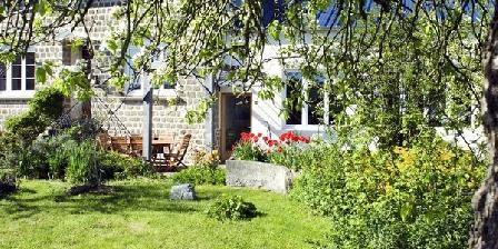 La Nesliere Chambres D'hotes Bio Normandie La Nesliere Chambres D'hotes Bio Normandie, Chambres d`Hôtes St. Symphorien Des Monts (50)