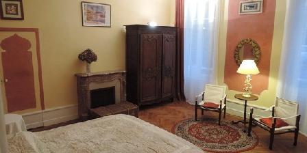 La Pause Doree Une Chambre D Hotes Dans Le Puy De Dome En Auvergne