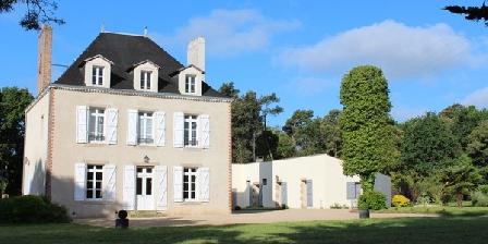 Manoir de L'Eolière Manoir de L'Eolière, Chambres d`Hôtes Landevieille (85)