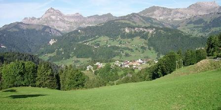 Maison des Contes de Fées Le Mont-Charvin et la Chaîne des Aravis