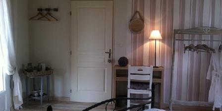 La Villa Saint Antoine La Villa Saint Antoine, Chambres d`Hôtes Saint Antoine De Ficalba (47)