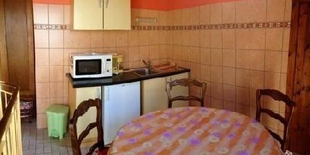 Chambres D'hôtes Les Cigognes Chambres D'hôtes Les Cigognes, Chambres d`Hôtes Sondernach (68)