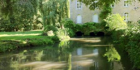 Le Moulin du Pont D'Iverny Le Moulin du Pont D'Iverny, Chambres d`Hôtes Montmirail (72)