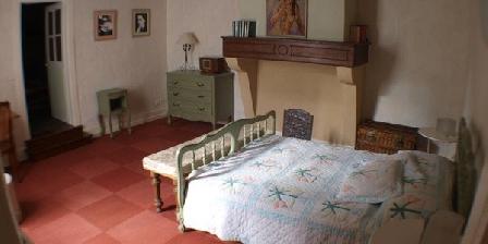 Chez Colette Chez Colette, Gîtes Charleville Mezieres (08)