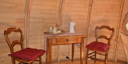 Camping La Chagnee Camping La Chagnee, Chambres d`Hôtes Saint Aubin Le Cloud (79)