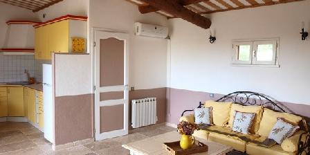 Le Petit Saint Pons Le Petit Saint Pons, Chambres d`Hôtes Villars (84)