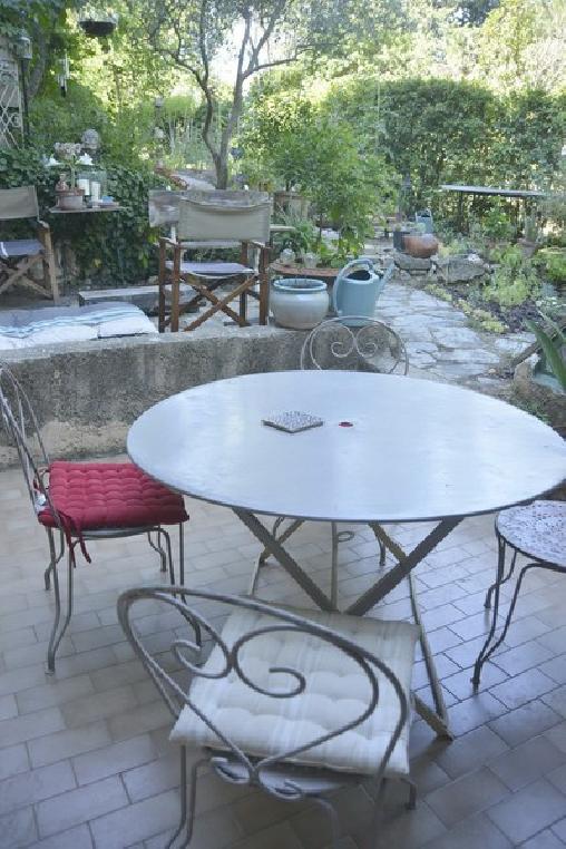 Chambre Double Dans Une Villa Au Calme Près D'aix En Provence, Chambres d`Hôtes Aix En Provence (13)