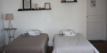 La Chiffonnière La Chiffonnière, Chambres d`Hôtes Lacroix-sur-meuse (55)