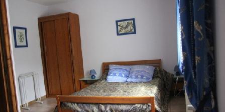 Chez Antoinette et Charles Chez Antoinette et Charles, Chambres d`Hôtes Santo Pitro Di Venaco (20)