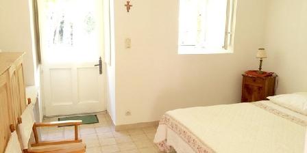 Le Prieuré Saint Blaise Le Prieuré Saint Blaise, Chambres d`Hôtes Le Puy Saint Bonnet (49)