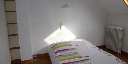 guide gratuit gite val d 39 oise gites pierrelaye 95480 maison pierrelaye accueil. Black Bedroom Furniture Sets. Home Design Ideas